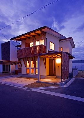 House-YT_05.jpg