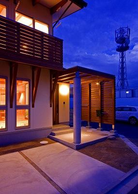 House-YT_06.jpg