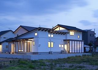 House-IY_02.jpg